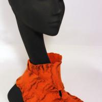 оранжевый и чёрный
